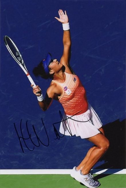 Heather Watson, British tennis player, signed 6x4 inch photo. (2)